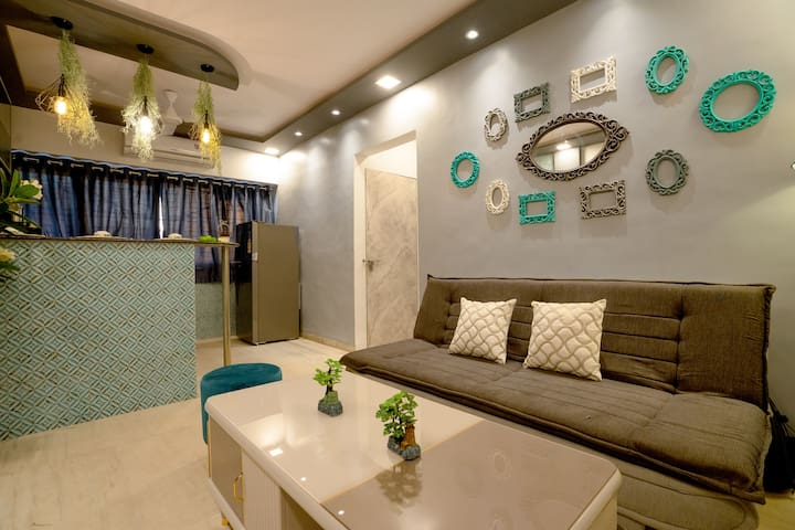 ❤ Cool Stay: 2BHK ✔️ King Bed ✔️Bathtub ✔️Netflix