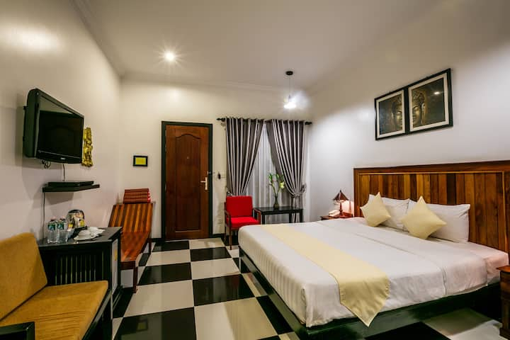 Deluxe Double/Twin Room No Breakfast, Free pick-up
