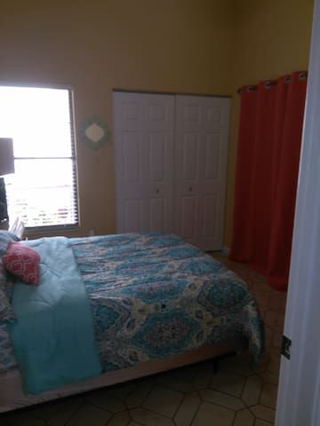 Renting Furnished Room. All Utilities Included.