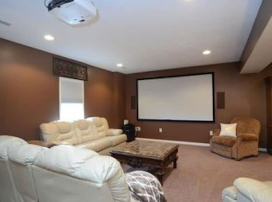 Theater area with PS4 w/WiFi for your use.  Netflix, Hulu, Amazon Video available.