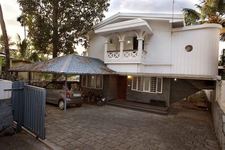 budget 2 bedroom villa in tripunithura cochin