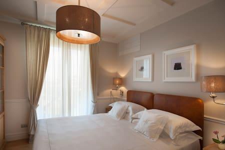 Villa Vitae - Luxury apartments - Appartamento Pavese - zona notte
