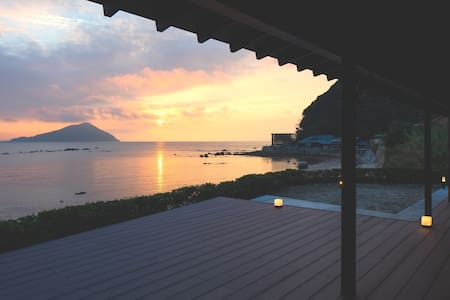 ITOSHIMA  Beach  House