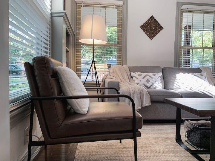 DIFFRENT | Rustic Cozy Modern Cabin | Isolation