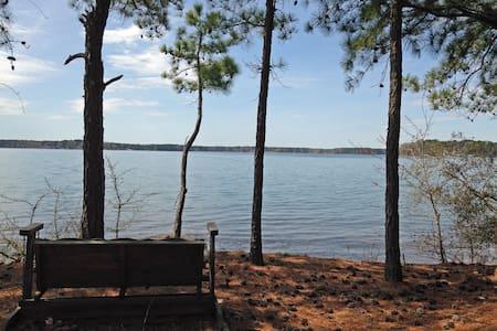 Lake Life Escape - The Point on Lake Gaston
