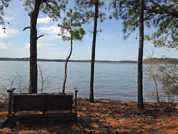 Lake Life Escape - The Point on Lake Gaston