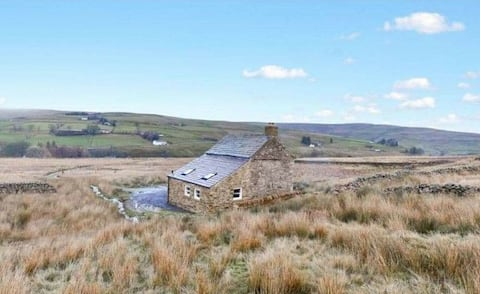 Romantic Off-grid retreat in North Pennines AONB