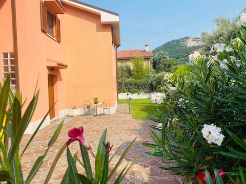 Accommodation with garden near Trieste & motorway