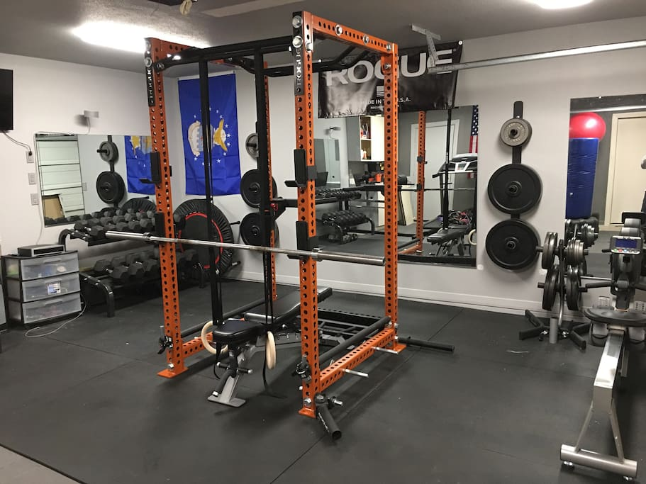 Gym, can be used by guests.  Power rack for bench press, squats, pull-ups