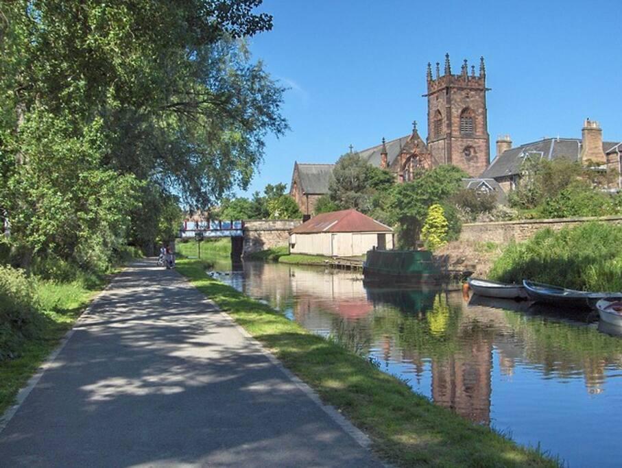 Polwarth Church and canal