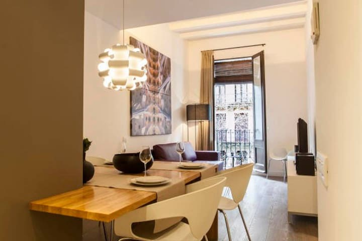 2-bedroom apartment in Eixample
