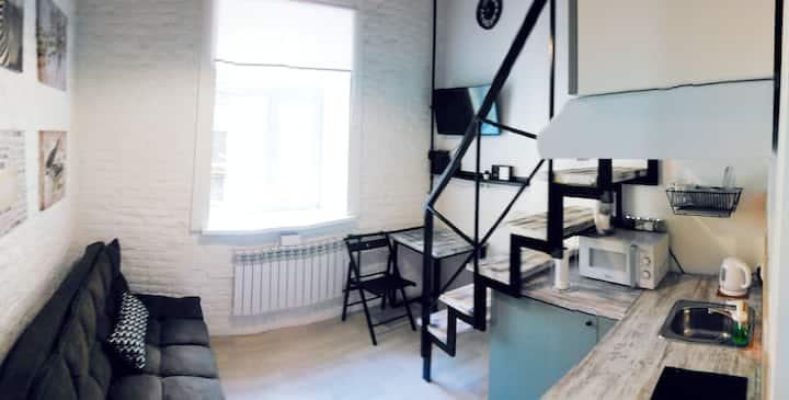 Стильная студия в центре, на Жуковского, 13
