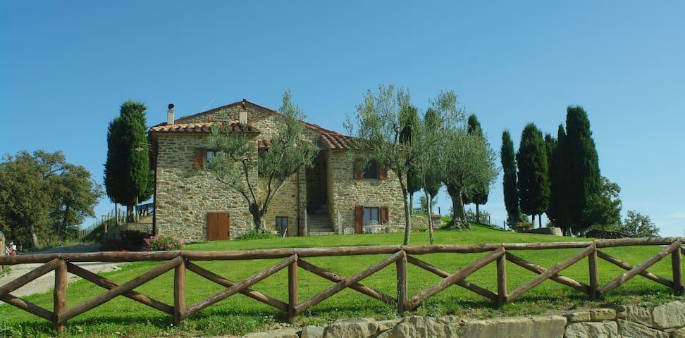 Affittacamere in campagna Arezzo - Palazzo del Pero - Haus
