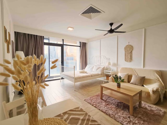 Marriott Suite Studio@Empire City / 2km to 1 Utama