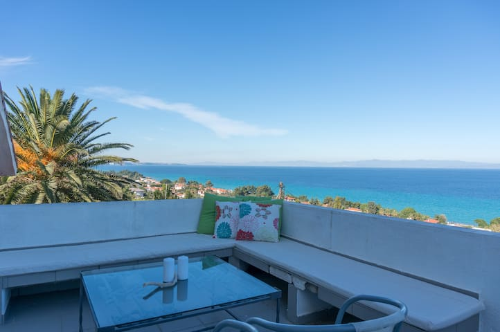 Blue Horizon 3 Panoramic View by JJ Hospitality