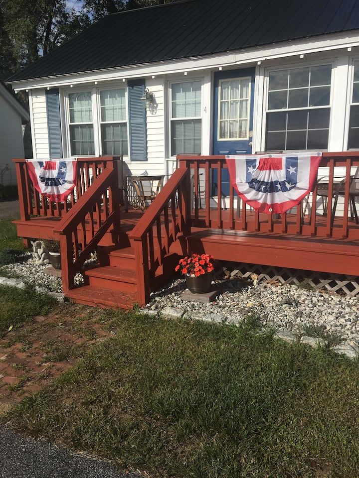 2 Bedroom Cottage With Dock Rental Available #4