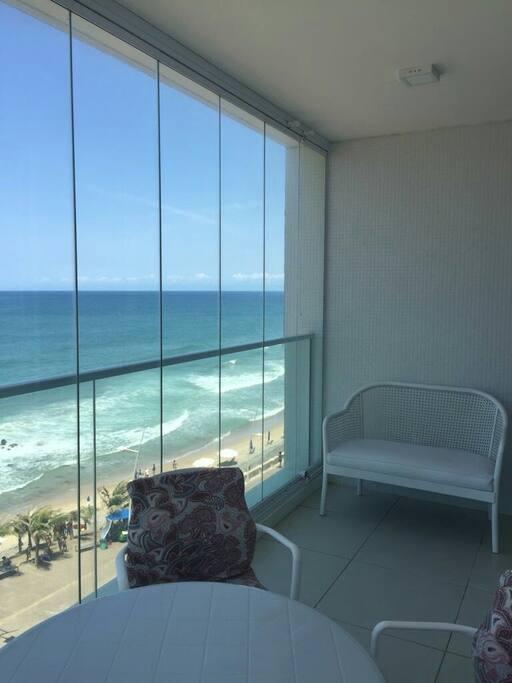 Vista excepcional da varanda do apartamento