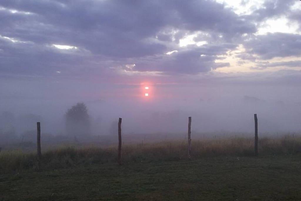 Un hermoso amanecer en Hospedaje la Loica