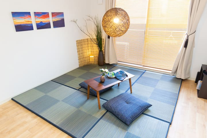 6min to Namba, 5min → Sta, Chic Japanese apt, wifi