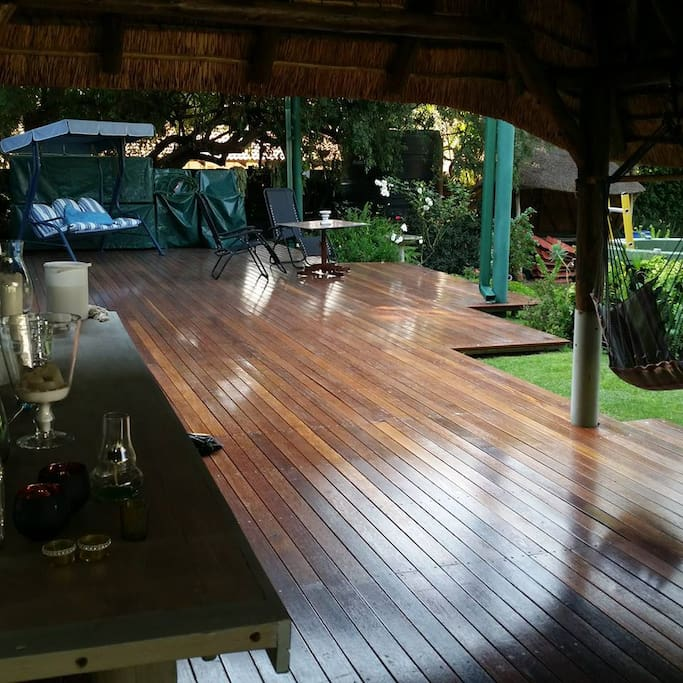 deck and breakfast area