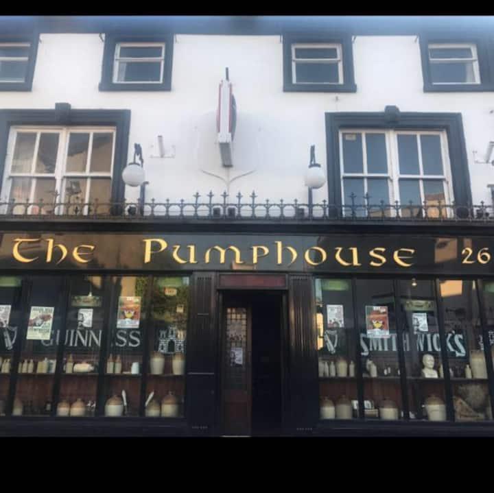 Pumphouse ensuite room