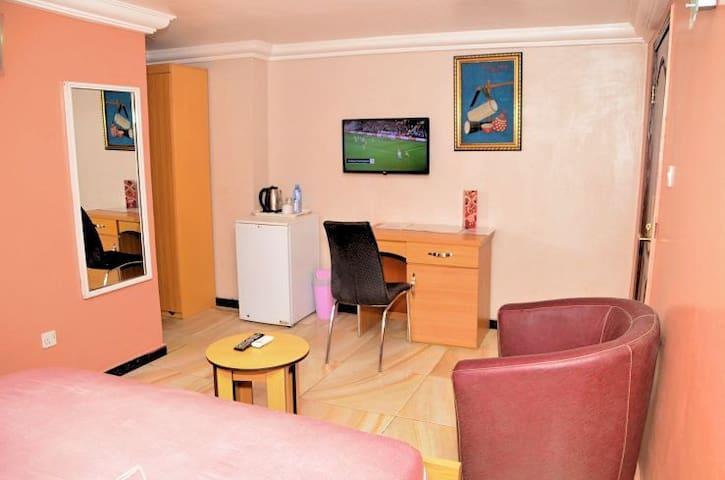 Ikeja Lagos #1 luxury on budget hotel