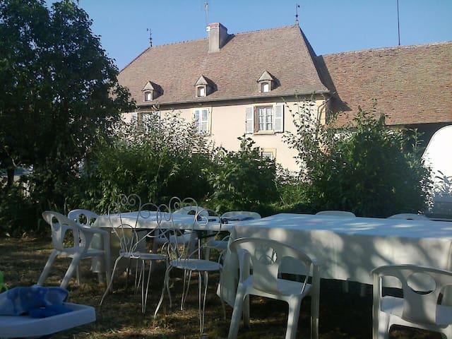 maison de caractere située au calme - Vauban - Hus