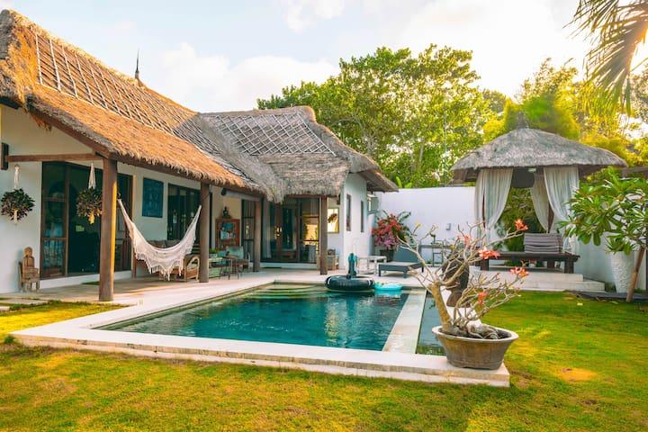 Private 2 BDR Villa In ULUWATU