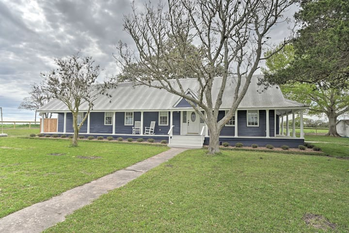 This 4-bedroom, 3.5-bathroom vacation rental house is perfect for families!