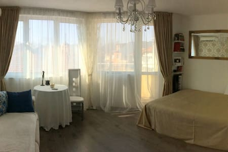 Margi's apartment - Varna city center & beach - Varna