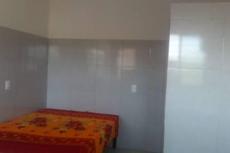 Kitnet/Quarto para alugar em Pau Amarelo