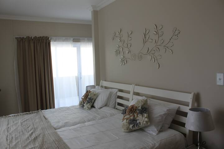 Long Beach Self-Catering - Unit 2 (Apartment