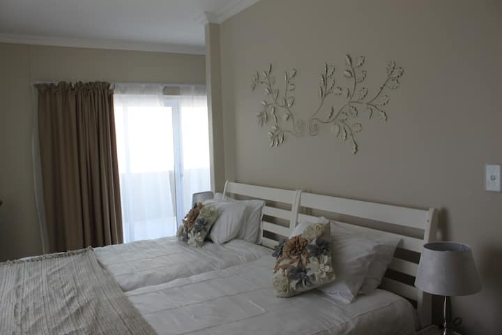 Long Beach Self-Catering - Unit 2 (Apartment