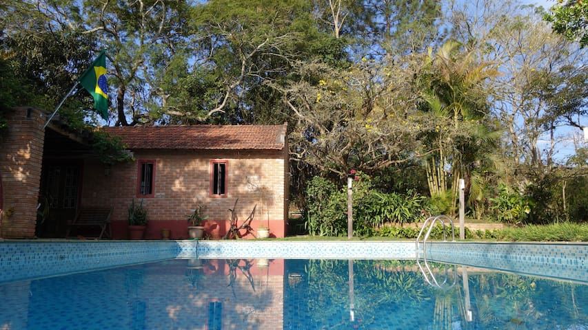 Casa Martins - Suíte - Guararema - Cabana