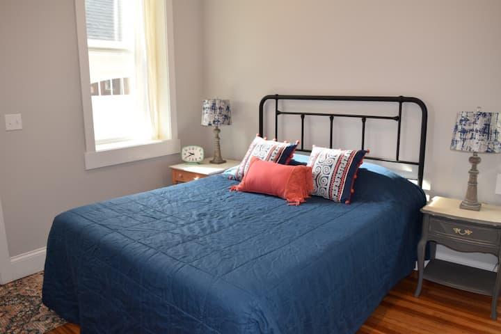 Cedar House, Suite B