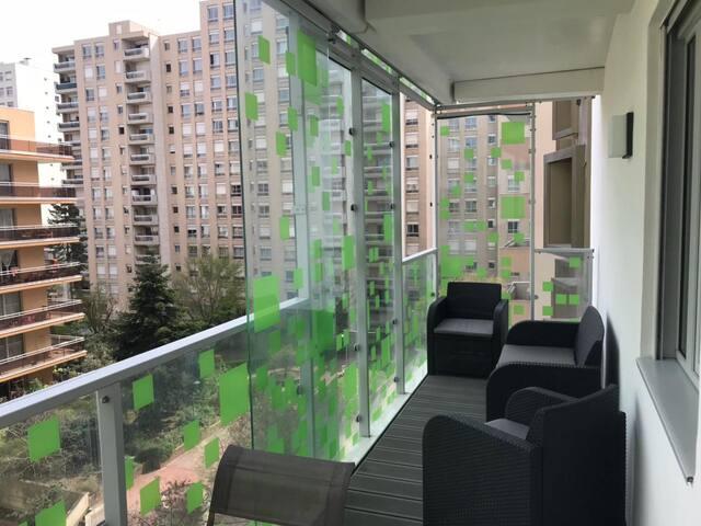 Courbevoie - La Défense - Immeuble sky