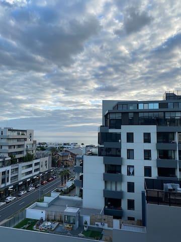 Gorgeous convenient beachside apartment