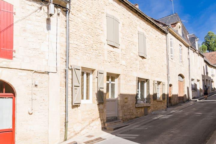 Chambre chez l' habitant à Montignac-Lascaux
