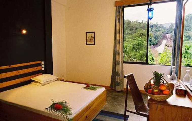 Rooms close to Adams peak, Rathnapura, Bopathella - Ratnapura - Penzion (B&B)