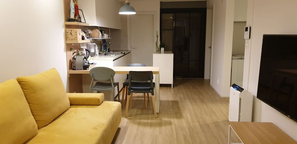 조용, 깔끔한 아파트 내집같은 집(24평 복도식 아파트, 흡연금지) 전용면적 59m2