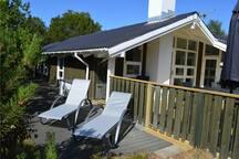 Holiday cottage with 4 bedrooms on 104m² in Ålbæk