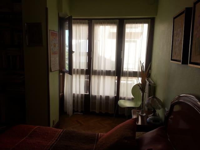 Acogedora habitación en corazón de Irun - Irun