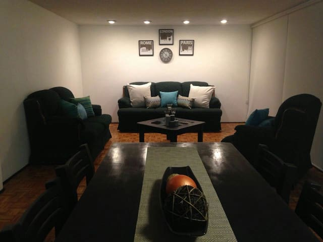 WTC Walking Distance big and lovely 2BR flat - Cidade do México