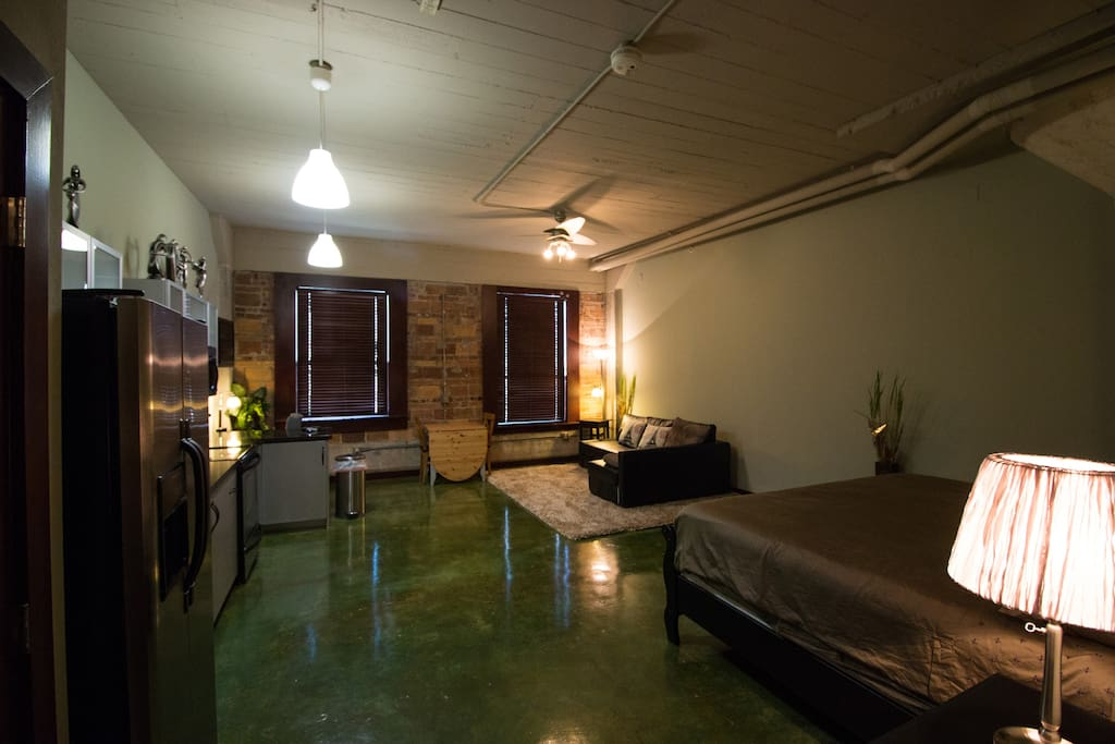 Studio apartment with full kitchen