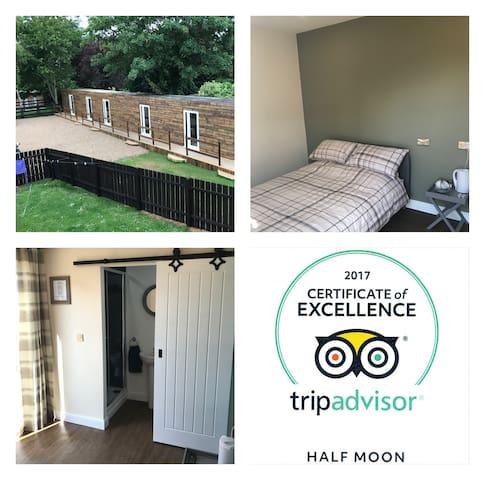 Half Moon lodge