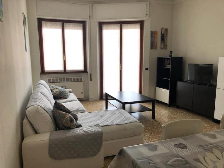 """Appartamento in centro Arona """"La Ninfea"""""""
