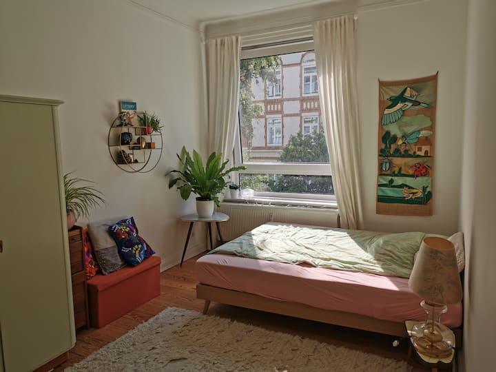 Charmante 2-Zimmer-Altbauwohnung in Ottensen
