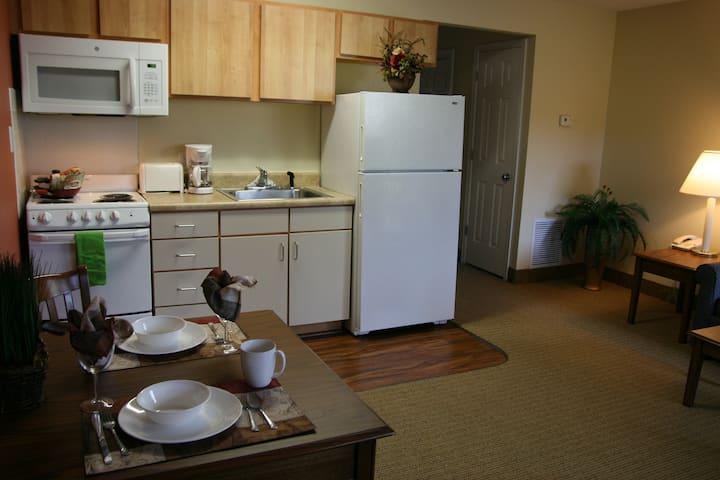 Entire Apartment - Close to Everything