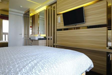 Luxury Studio Apartment II - Jakarta utara
