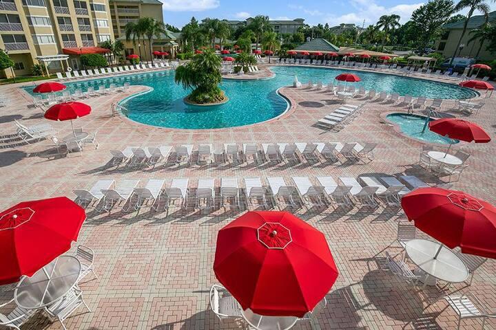 Two-Bedroom Villa At Silver Lake Resort!